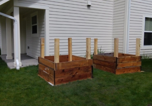 Women Build: Garden Beds